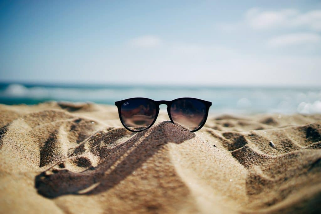 Using Sunglasses for eye protection - Cathedral eye clinic blogs