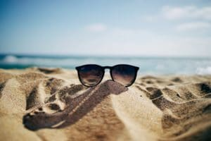 Using Sunglasses for eye protection